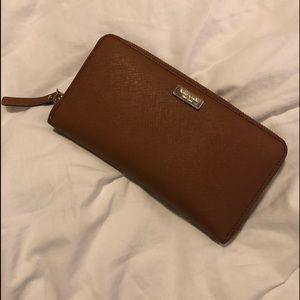 Large Kate Spade Wallet